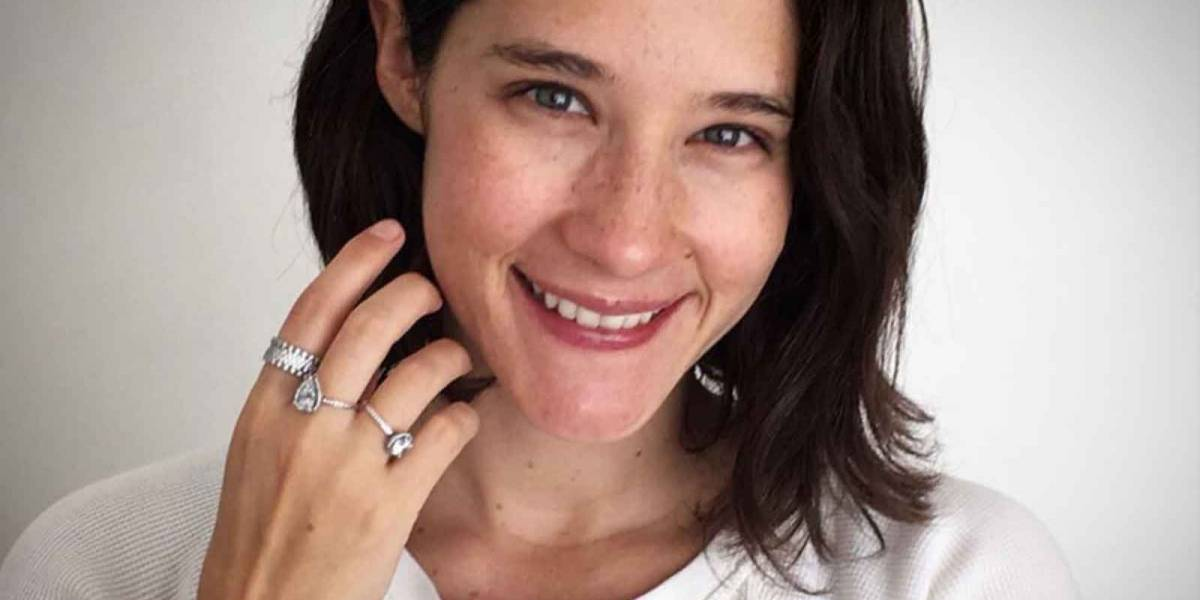 Ximena Sariñana le da la bienvenida a la primavera enseñando su 'pancita'