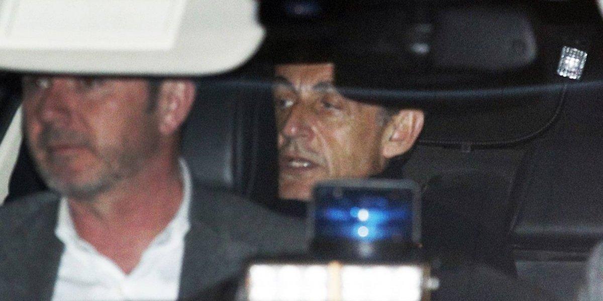 Ex presidente Sarkozy dice estar siendo acusado sin pruebas