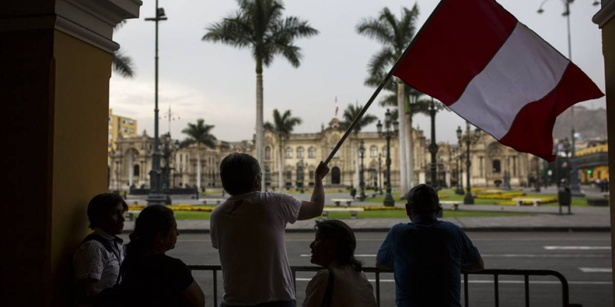 La ingobernabilidad de la clase política, el detonante de la crisis en Perú