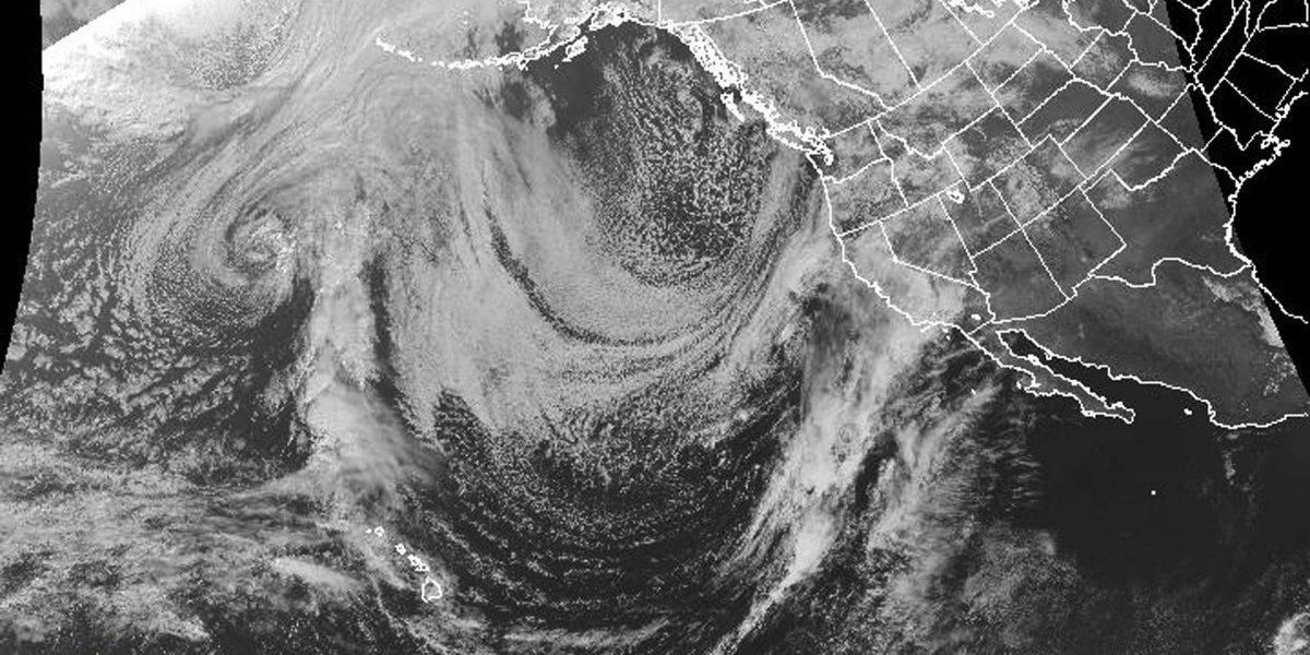 Autoridades advierten sobre la tormenta de California