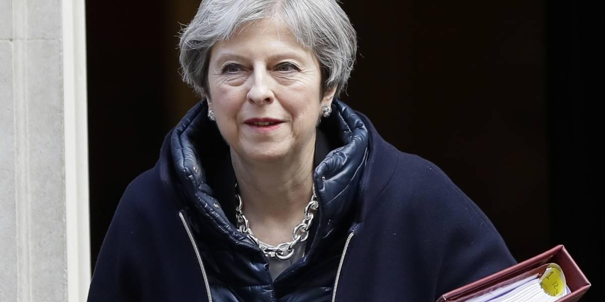 May busca postura unánime contra Rusia en cumbre de la UE