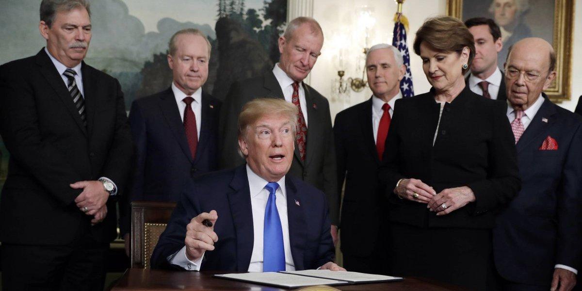 Trump anuncia aranceles de hasta 60 mil mdd a China