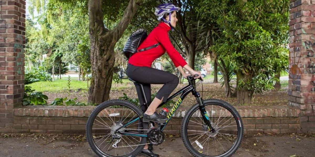Una taza de café, la gasolina ideal para quienes montan en bicicleta a diario