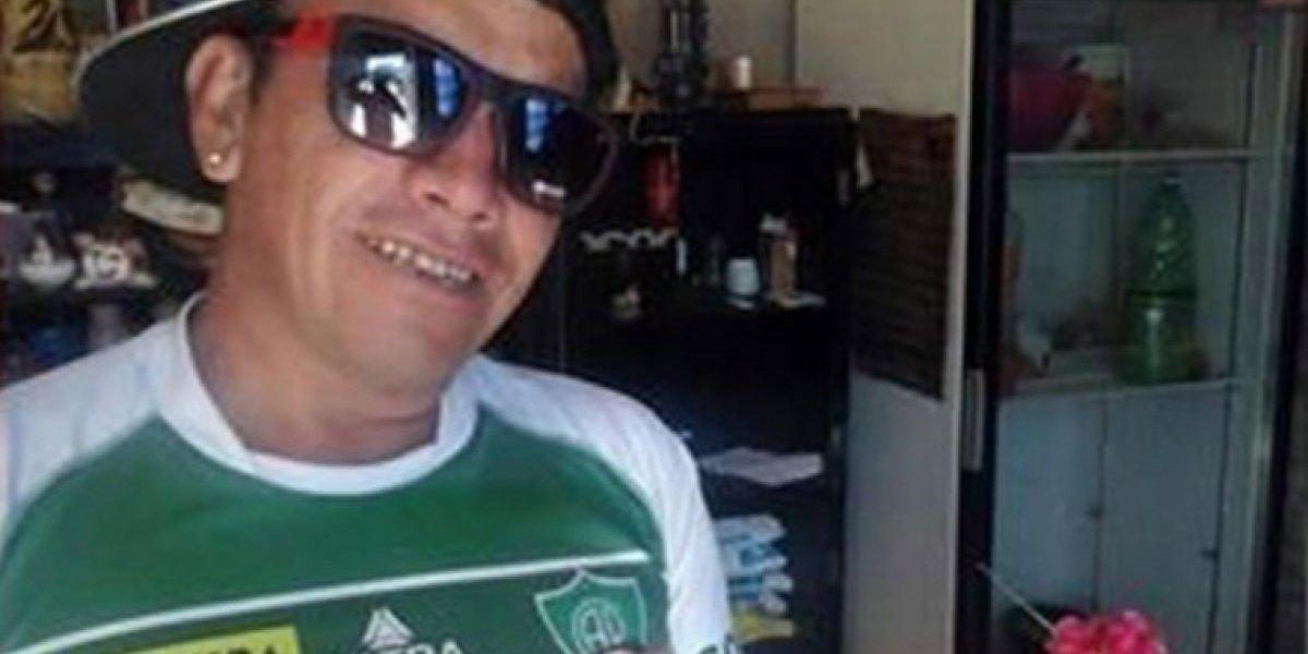 """""""Sigan participando…"""": ladrón """"columpió"""" a la policía y se burló por Facebook después de escapar de la comisaría"""