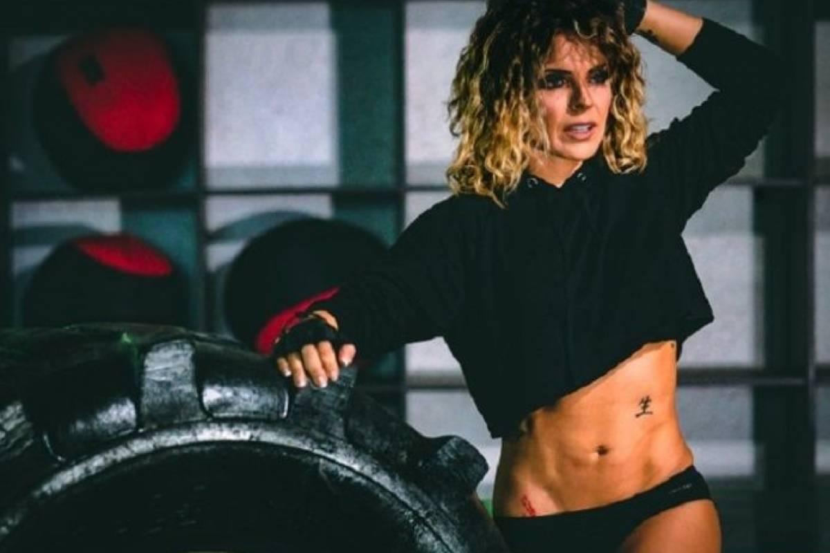 Fernanda Reto Nude Photos 21