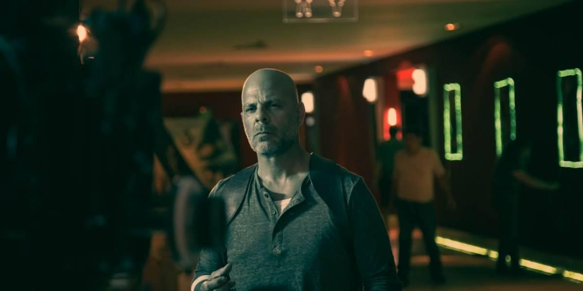 Doble de Bruce Willis confundió a todos en el Costanera Center