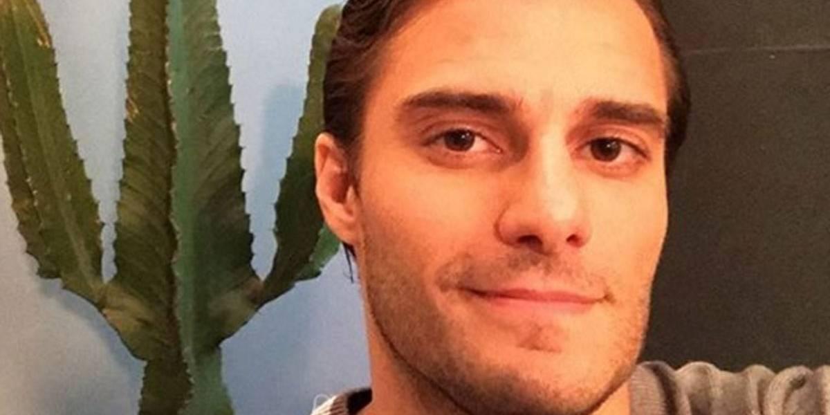 Hugo Bonemer casualmente revela namoro com ator: 'falar a verdade já é significativo'