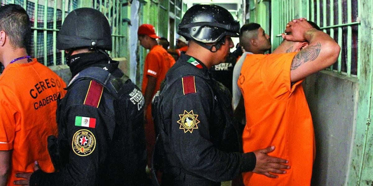 La vida dentro de los penales en Nuevo León es cara