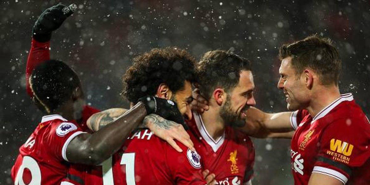 Jugadores del Liverpool se disfrazan de Los Beatles