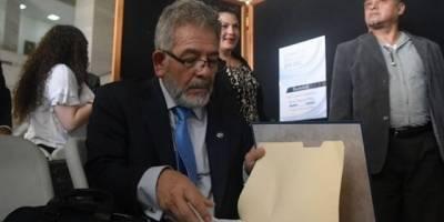 """El juez Gálvez conoce los casos """"La Línea"""" y """"Cooptación del Estado"""" donde está involucrado el expresidente Otto Pérez."""