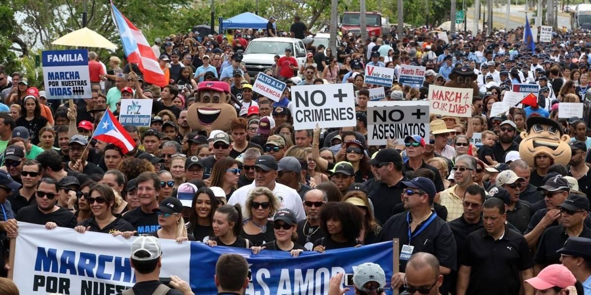 """Miles de jóvenes reclaman paz y cese inmediato del uso ilegal de armas en """"Marcha Por Nuestras Vidas"""""""