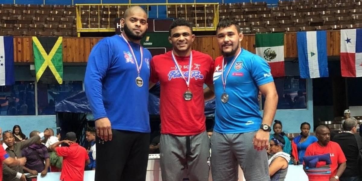 Franklin Gómez gana medalla de plata en el clasificatorio en Cuba