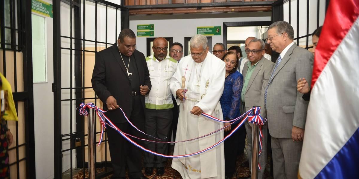 Universidad Católica Santo Domingo inaugura Laboratorio de Televisión y Radio más moderno del país