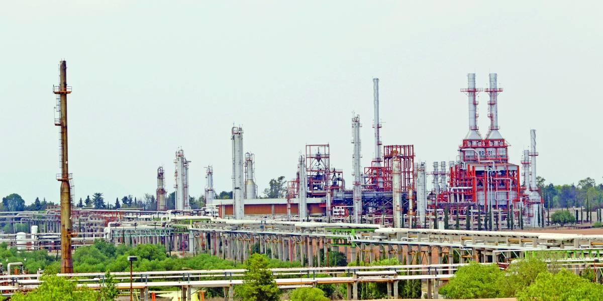 Pemex licitará obras de rehabilitación en refinería de Tula, Hidalgo