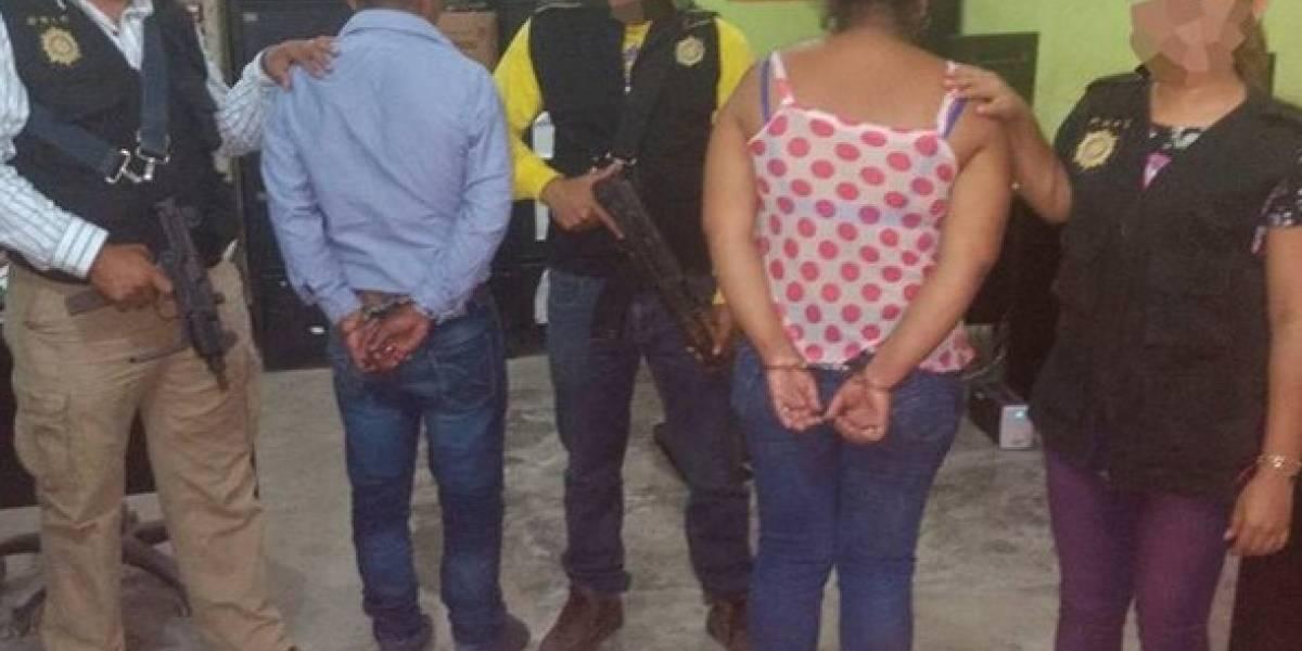 Capturan a dos presuntos secuestradores cuando recogían el rescate