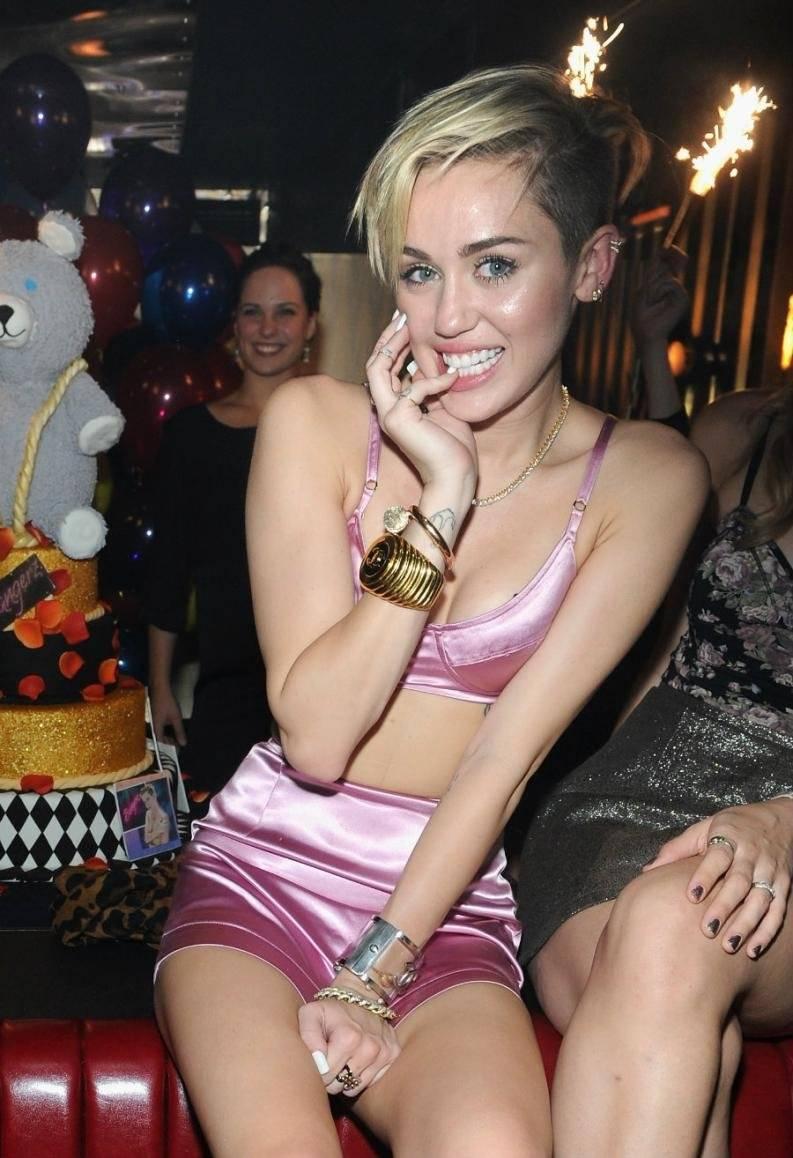 Look Miley Cyrus