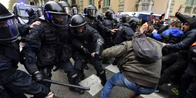 protestascataluna13-a4b2809aeacf81d86b2da2e50f291adc.jpg