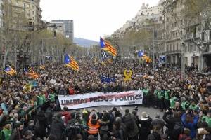 protestascataluna3-607f584ed6ada1b7ba19152b54303fc2.jpg