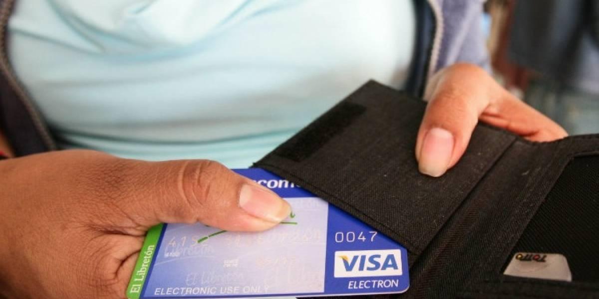 No des vacaciones a tus tarjetas bancarias en Semana Santa