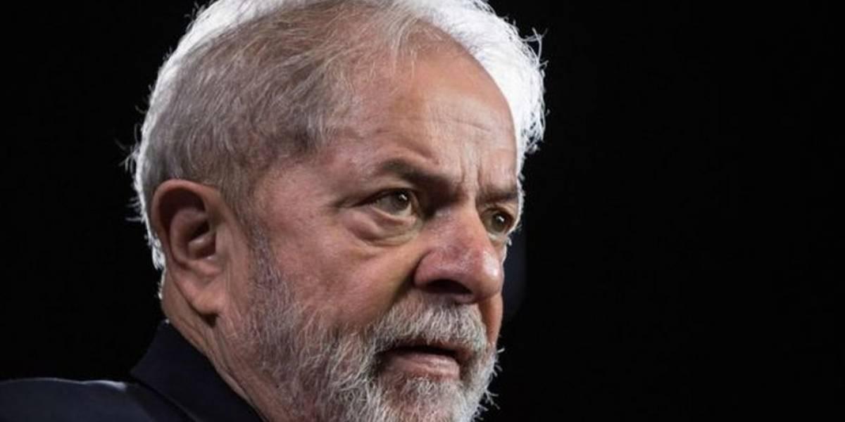 Polícia do Paraná investiga ataque à caravana do ex-presidente Lula