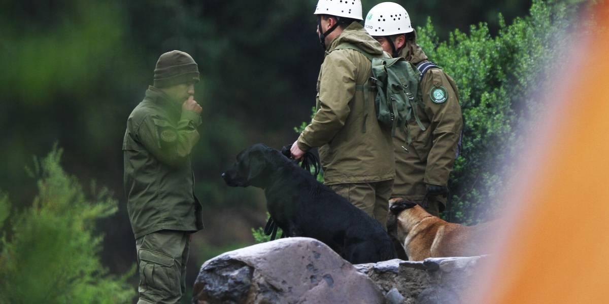 Amplio operativo en Lo Barnechea: realizan búsqueda de ocho montañistas extraviados en cerro Bismarck