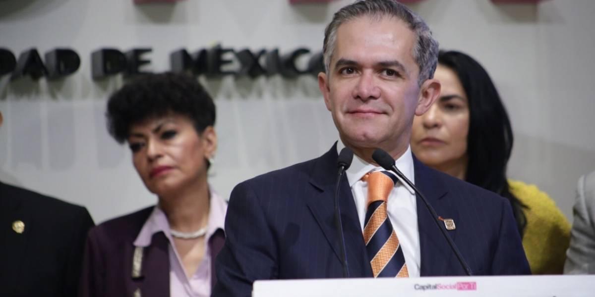 Mancera alista su licencia y gira por México