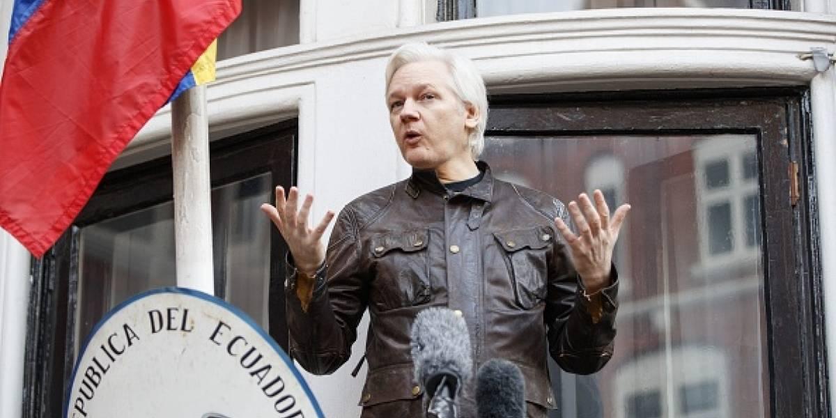 Assange se pronunció sobre la detención de Puigdemont