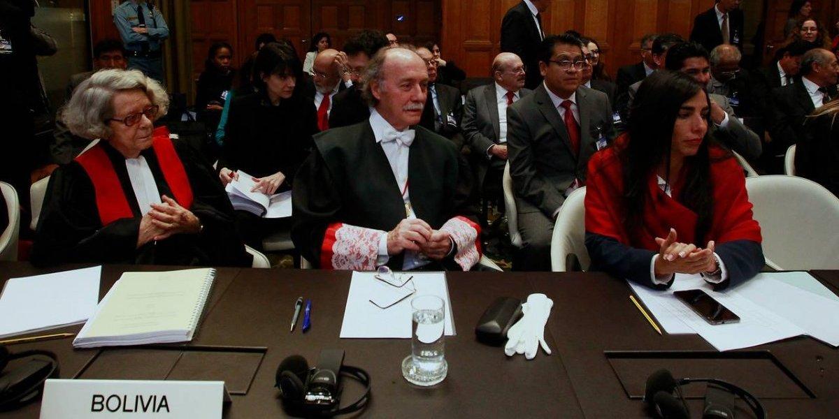Están listos: abogados de Bolivia recibirán condecoración por demandar a Chile ante La Haya
