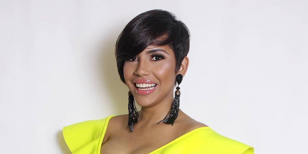 """Ana Carolina promueve tema """"Ay que rico"""""""