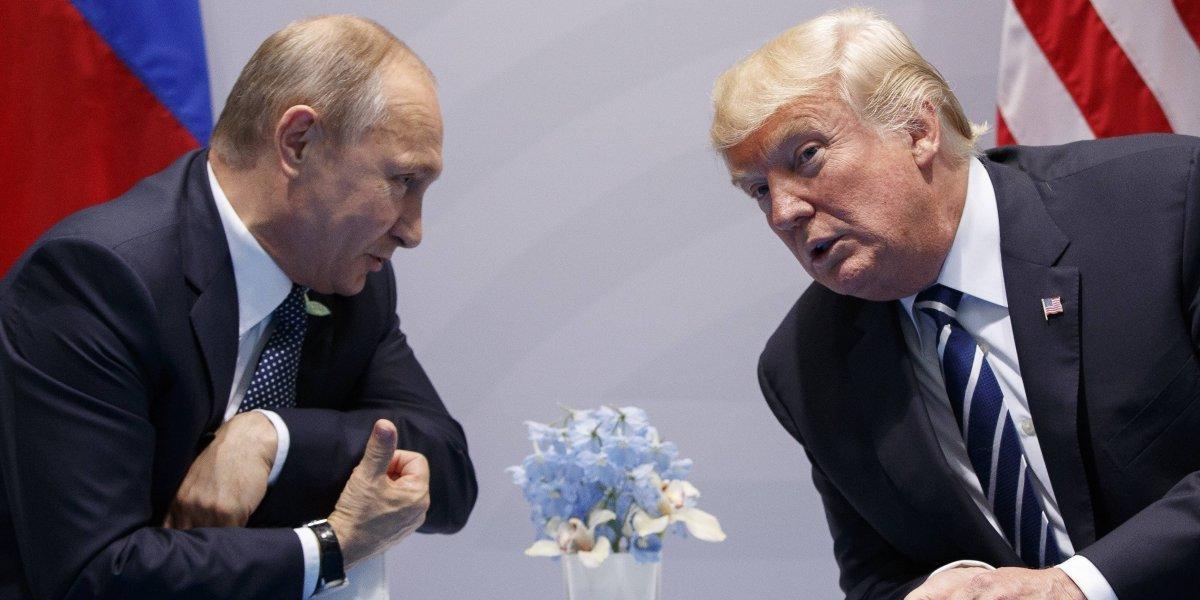 Estados Unidos expulsa a 60 diplomáticos rusos