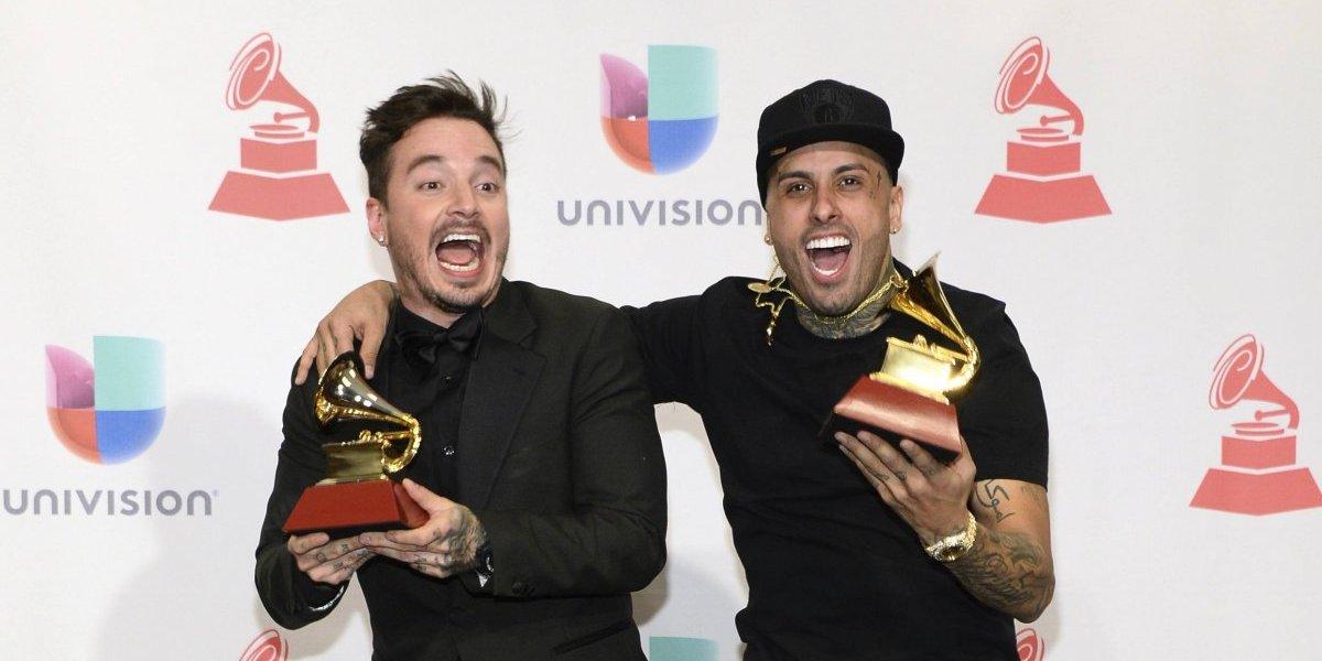 """""""X"""" de Nicky Jam y J Balvin la más escuchada esta semana en Apple Music"""