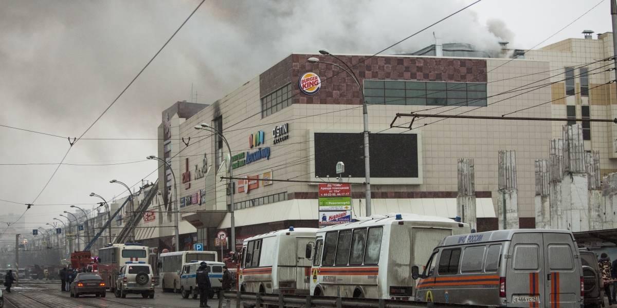 Incendio en centro comercial es el más grave de la historia reciente de Rusia