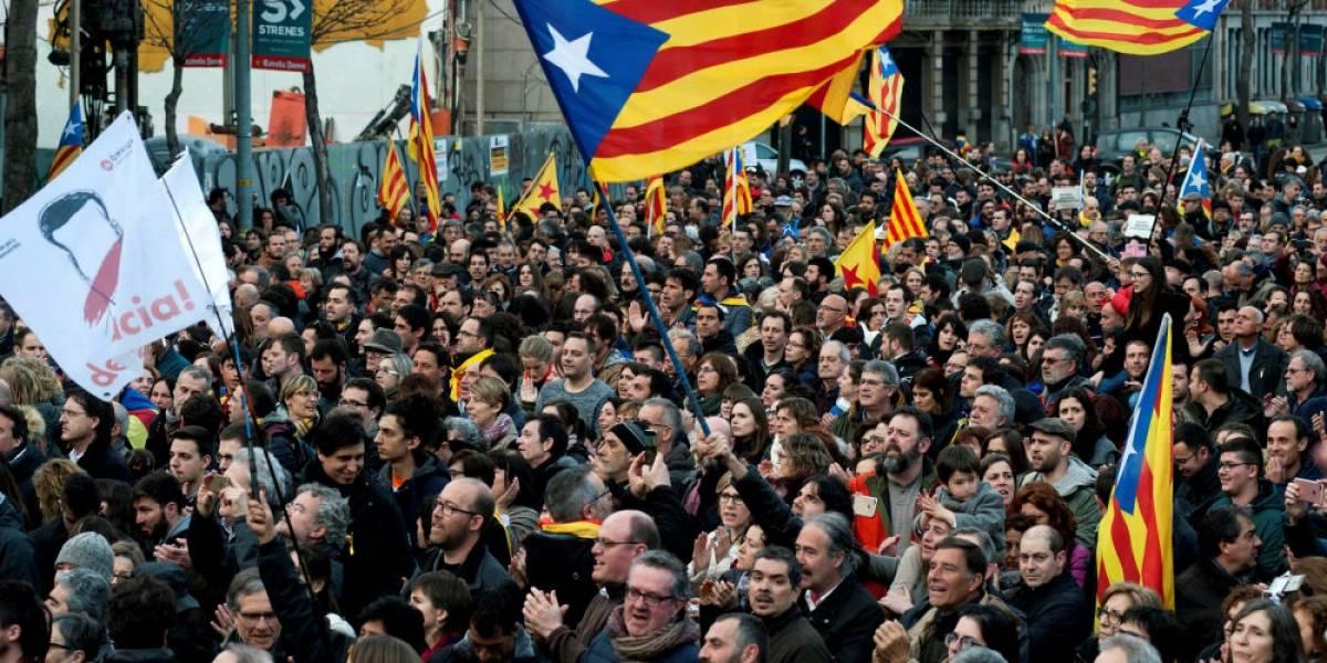 Nueve detenidos y 98 heridos dejan protestas en Barcelona