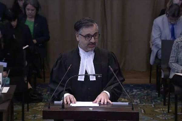 jurista iraní