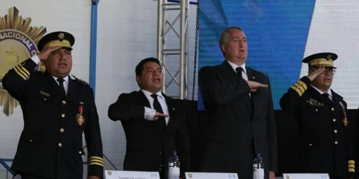 Ministro de Gobernación desconoce información de su equipo en la PNC