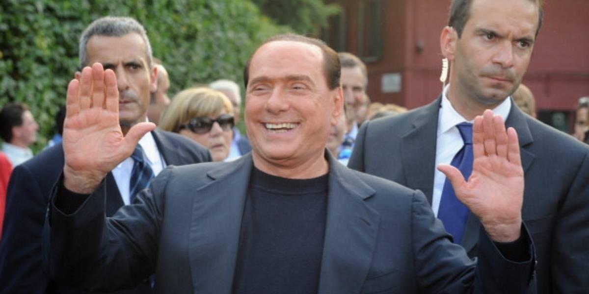 Berlusconi en la mira: fue acusado de sobornar a cuatro mujeres para mentir durante juicio en su contra