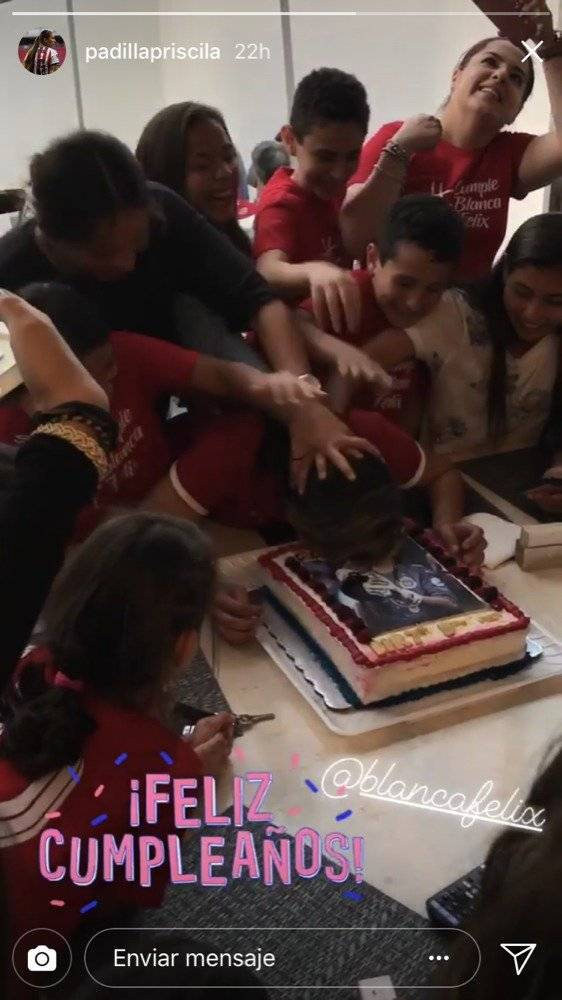Así festejó la portera Blanca Félix su cumpleaños
