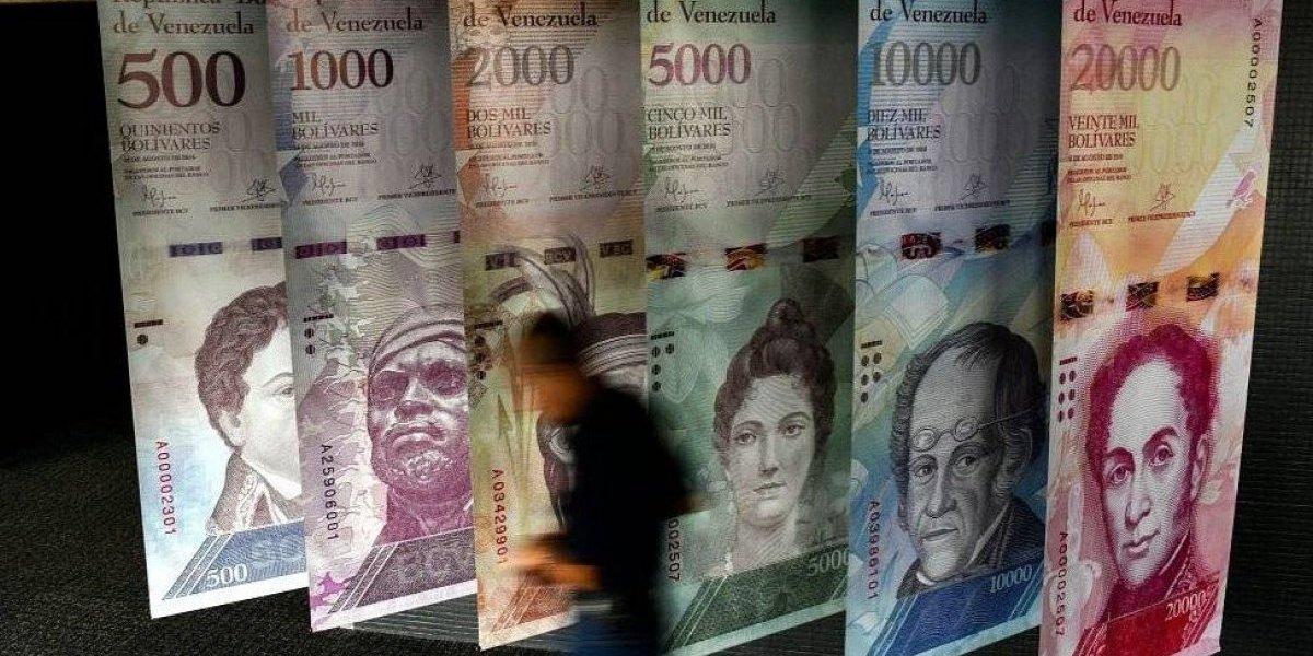 """Una visa """"millonaria"""": a los venezolanos les costará ocho salarios mínimos obtener el documento para vivir en Chile"""