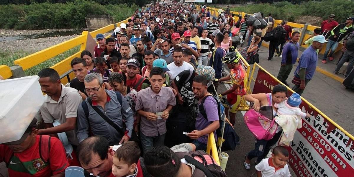 Deportan a Venezuela a 50 indocumentados