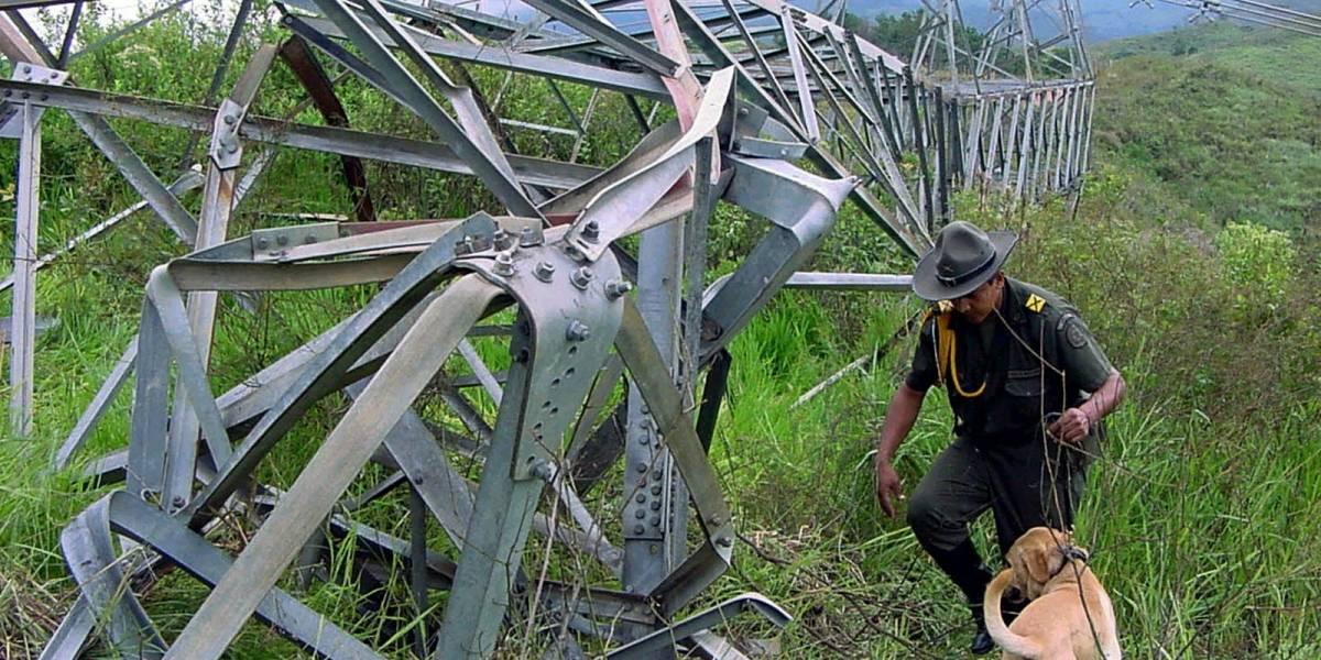 Atentado contra una torre de energía deja más de 200.000 personas sin luz en Tumaco