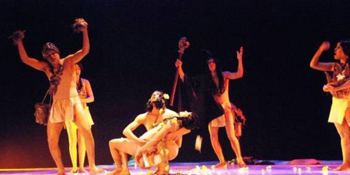 Cultura anuncia compromiso de fortalecer sector teatral dominicano en el 2018