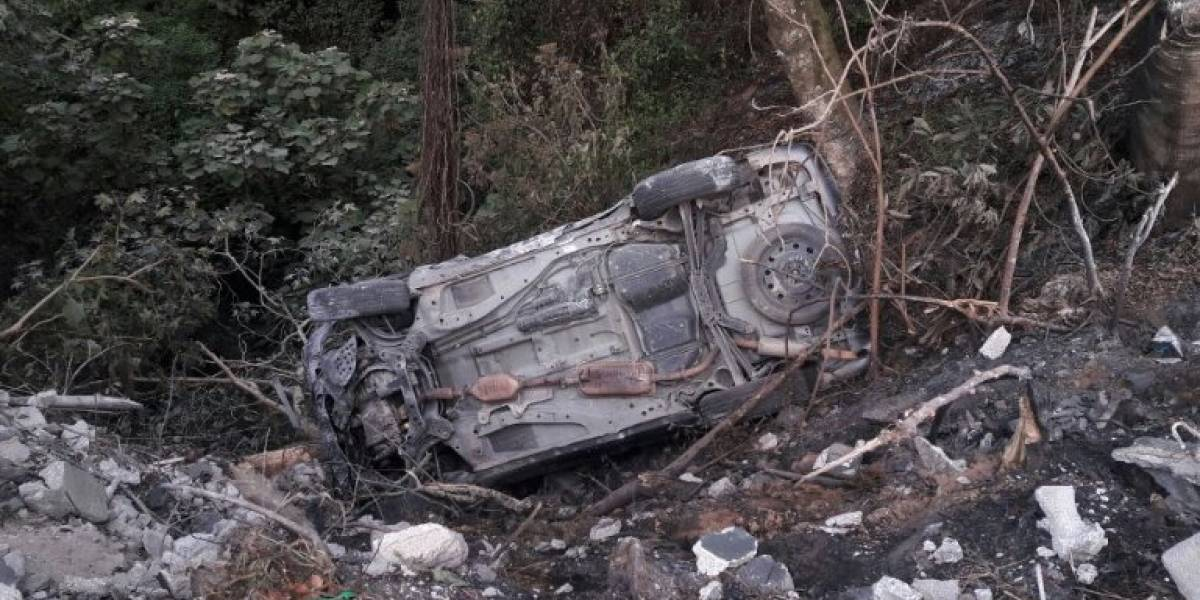 Chofer resulta herido en un accidente en San Lucas Sacatepéquez