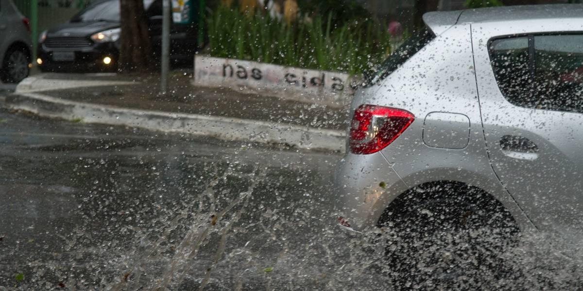 Chuva em São Paulo provoca pontos de alagamento; acompanhe