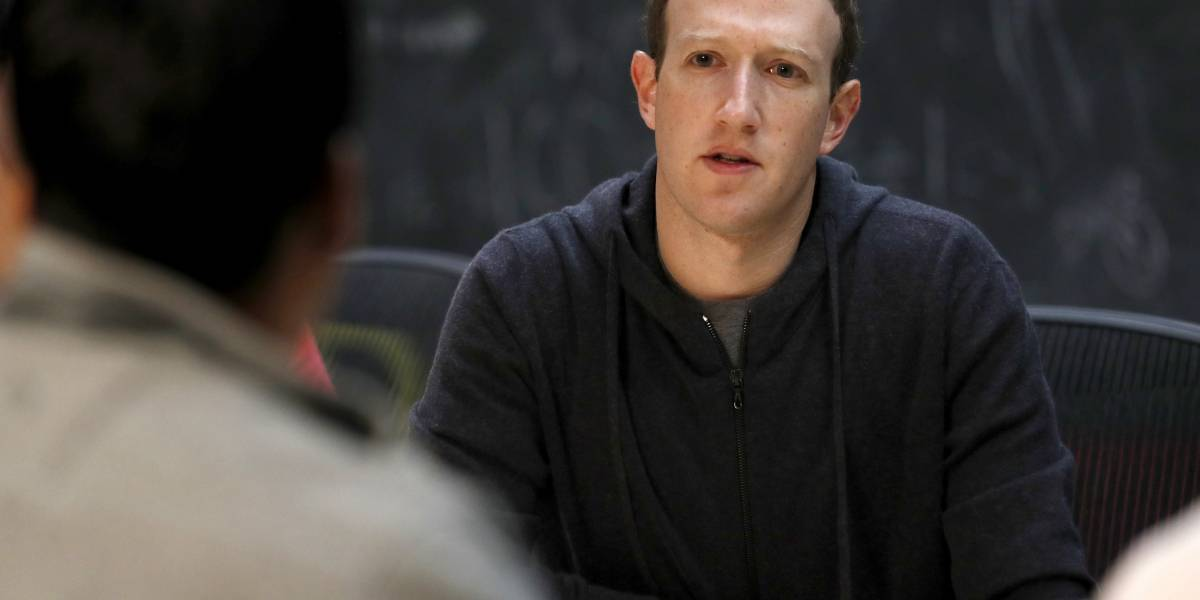 El desaire del director de Facebook: Zuckerberg se niega a dar explicaciones en el parlamento británico