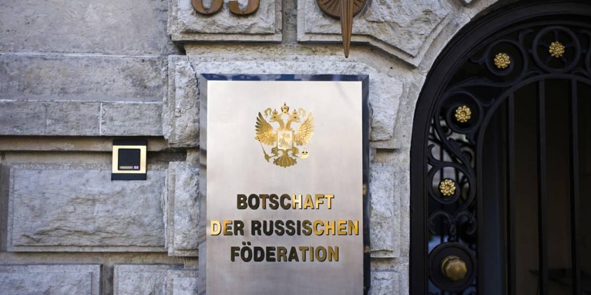 Australia, Irlanda y la OTAN expulsan a representantes rusos