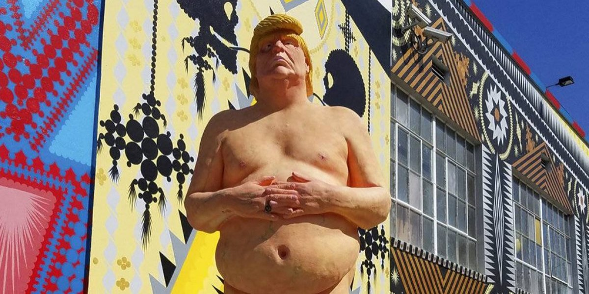 Para todos los fanáticos de Trump: subastarán estatua del presidente de EEUU… Desnudo