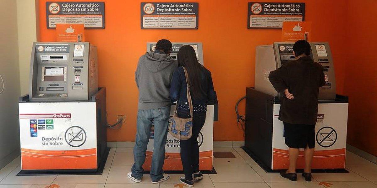 """Secuelas del blackout financiero: Transbank anuncia """"abono provisorio"""" para las tarjetas de crédito"""