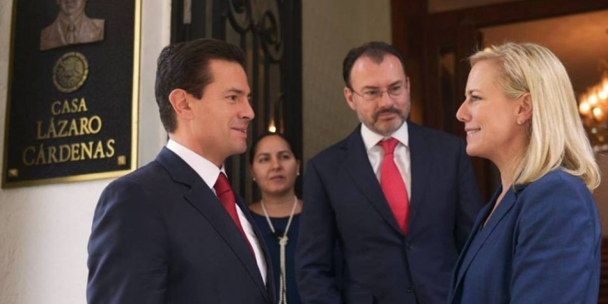 Recibe Peña a Nielsen; hablan de diálogo