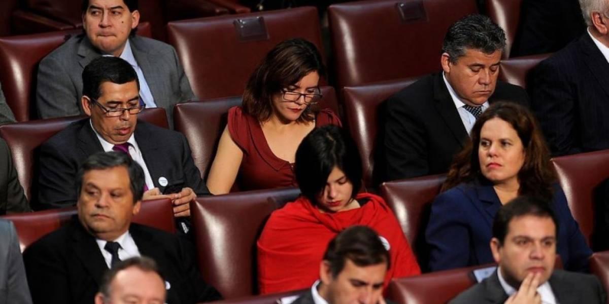 Sólo la mitad de los partidos políticos cumplieron con financiamiento de actividades para mujeres en la política