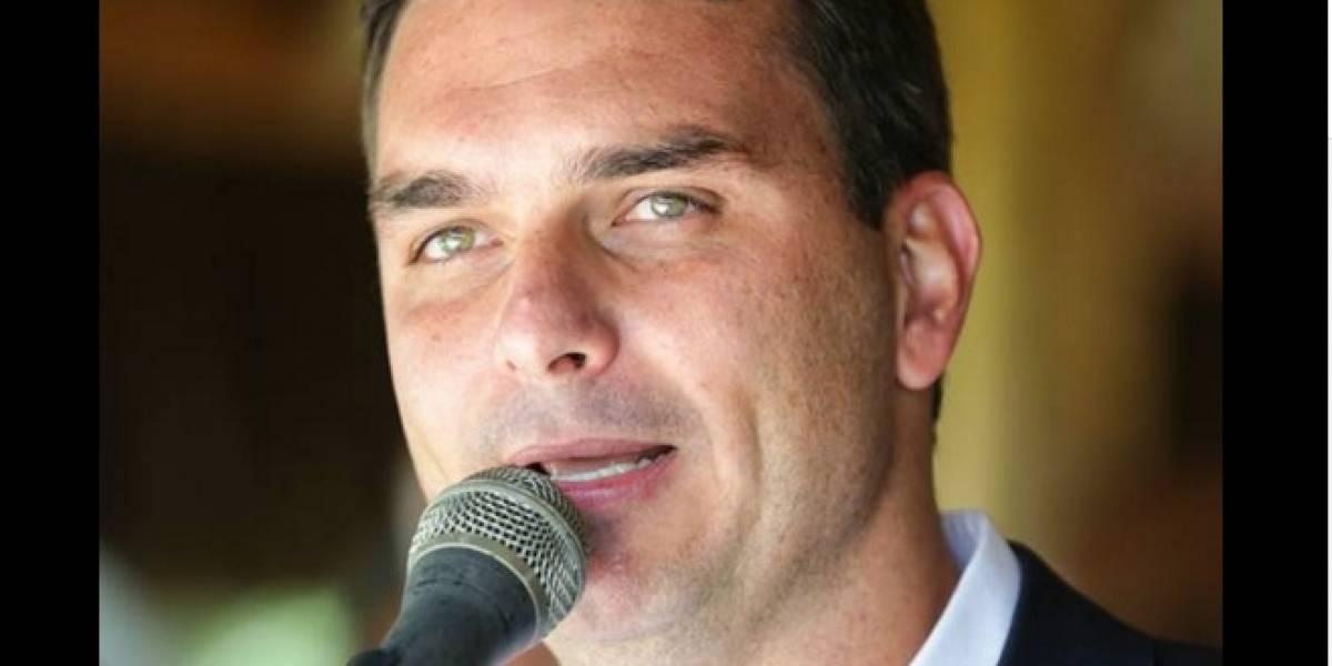 'Você está louca, querida', responde Netflix a filho de Bolsonaro